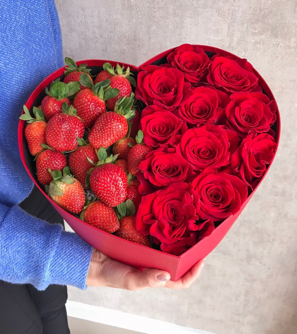 многих вас букет роз красивый фото и клубника олесин папа занимаются